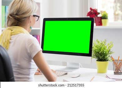 Blank computer display for your own presentation or business concept
