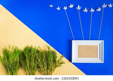 Blank picture frame for picturu or photo with group of bird harmony hanging frame with rope  , Dried flower decoration