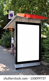 Blank signboard at bus stop for your advertisement or graphic design