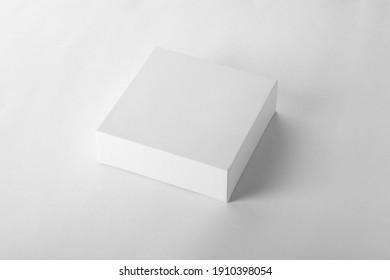 Faltschachtel für die Verpackung von weißem, unscharfem Produkt für Aufnahmen