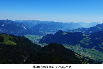 Blick vom Spieljoch, Zillertal ins Inntal. View from Spieljoch in the Zillertal valley to the Inn valley