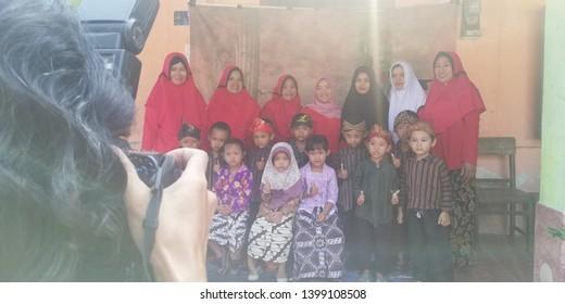 Blitar East Java Indonesia, May 15, 2019. Phot session kingdengarten school TP sawunggaling 1 sentul kota blitar