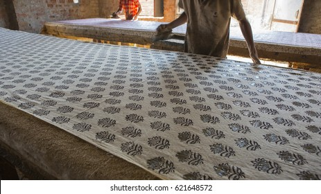 Block Printing for Textile in India. Jaipur Block Printing Traditional Process. Wooden Block Printing with oriental ornament for Fabric. Traditional painting of Indian Textile. Rajasthan Crafts