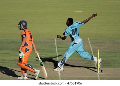 BLOEMFONTEIN, SOUTH AFRICA - DECEMBER 22: Action during a one-day cricket match between the Eagles and Titans (Titans won by four wickets), Bloemfontein, South Africa, 22 December 2009