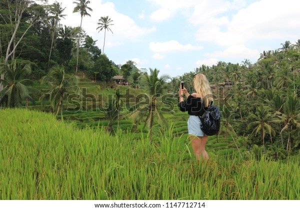 blogger travel photos