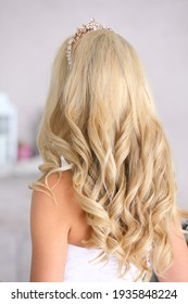 Blonde curls, blonde from the back. Wedding image