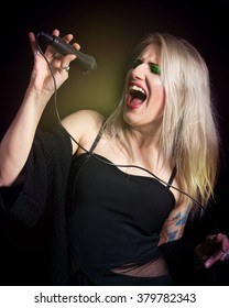 Blonde woman singer
