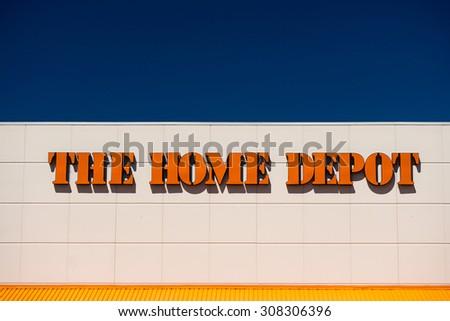 Bloomington Mnusa August 12 2015 Home Stock Photo Edit Now
