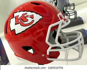 Bloomington, MN/USA. January 8th, 2018. Right-facing jumbo helmet of the Kansas City Chiefs on display for the Super Bowl.