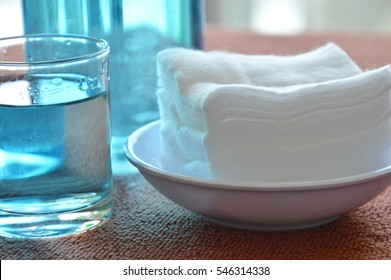 blue alcohol for wash wound in glass and cotton