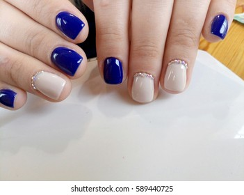 blue with beige manicure design