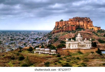 Blue city Jodhpur, Rajasthan, India, with Mehrangharh Fort and Jaswant Thada mausoleum