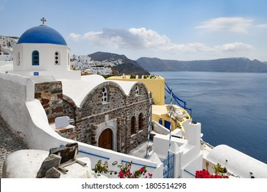 blue dome house in the city of oia on santorini