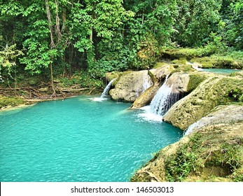 Blue hole - Jamaica