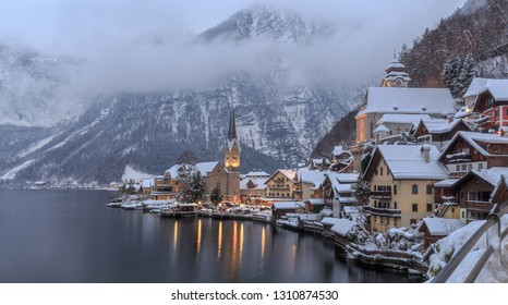 Blue hour in winter in Hallstatt