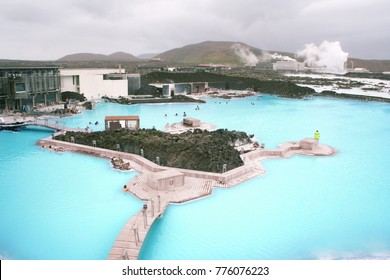 Blue lagoon geothermal hot spring in Iceland