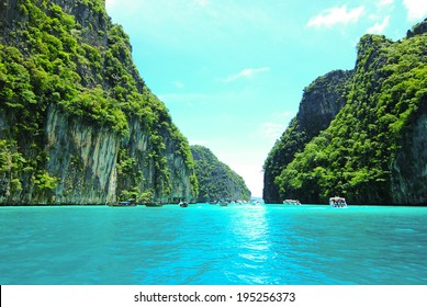Blue lagoon at Phi Phi island