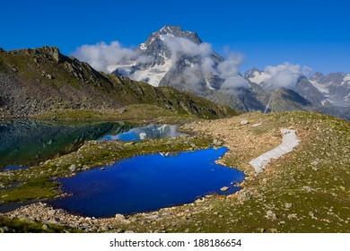 blue lake near psish mount