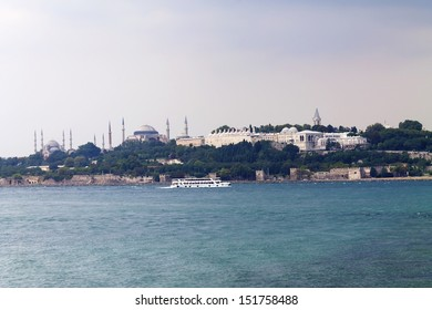Blue Mosque, Hagia Sophia and Topkapi Palace, Cloudy sky, Istanbul.