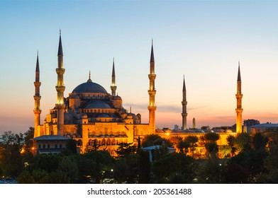 Blue Mosque in Istanbul, with beautiful sunset in background