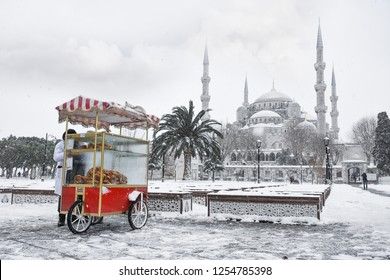 The blue mosque (Sultanahmet mosque) in winter day with snow in Istanbul,Turkey.