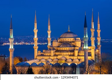 Blue Mosque at the twilight, Istanbul, Turkey