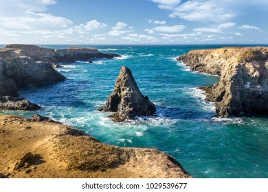 Blue pacific water
