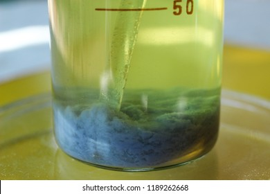 The blue precipitate of chromium carbonate settled at the bottom of the beaker. The substance is not soluble in water.