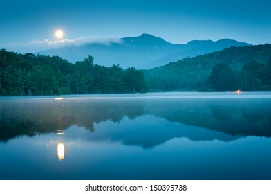 Blue Ridge Grandfather Mountain Price Lake Full Moon Set Reflection