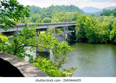 Blue Ridge Parkway bridge over the James River from the Trail of Trees in Virginia. The James River Gorge is the lowest point on the Parkway and has historical significance as a transportation link.