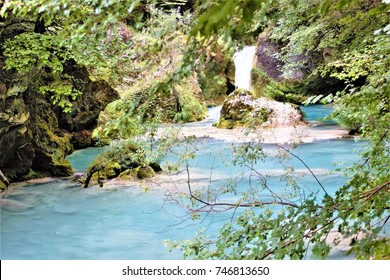 the blue river, Beech forest in summerNatural Park Urbasa, Urederra River, Navarra, spain, peace, calm, serenity, harmony, fullness, well-being, nature, natural, contemplate, meditate, breathe, grow,