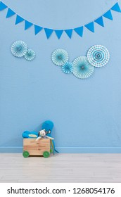 Blue room, boy room, boy gender room style with frame toy and blue object style.