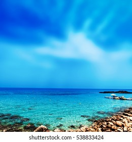 Blue sea, blue sky and Paradise Tropical beach / Vacation holidays background wallpaper