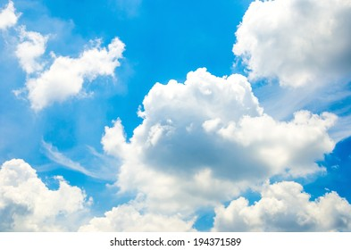 Blue sky with cloud and ray light from sun