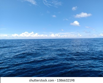 Blue sky and ocean in the day