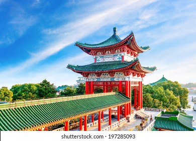 Blue sky and white clouds, ancient Chinese architecture