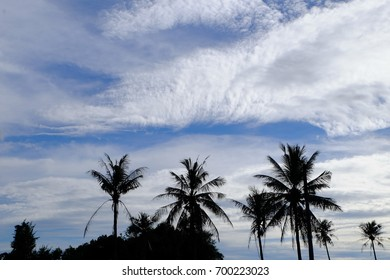 Blue sky and white clouds are beautiful in bright days.