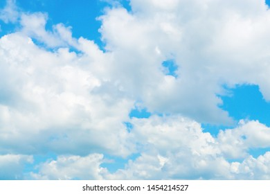 blue sky and white clouds  fresh nature wallpaper background