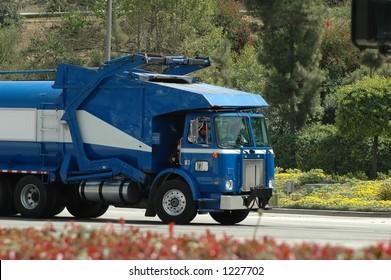 blue trash truck-front loader