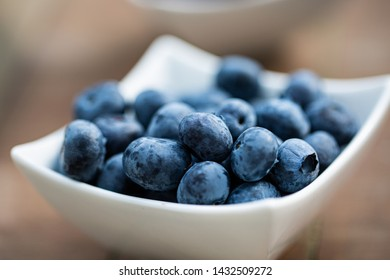Blueberries in a bowl, blueberries