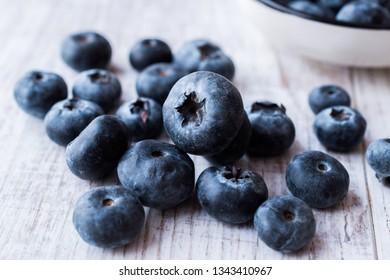 Blueberries / Fresh Raw Organic Berries or Blueberry