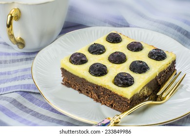 Blueberry cheese brownie