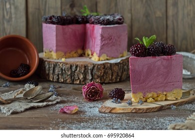 Blueberry cheesecake without baking on a cushion of cornflakes, delicious creamy cake, berry dessert