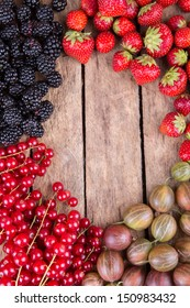 Blueberry, red currants , gooseberries and blackberry background
