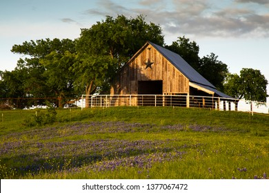 Bluebonnet Trail Barn Near Ennis, Texas