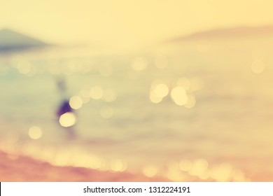 Blur beautiful nature tropical beach with bokeh / summer vacation travel concept