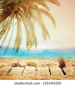 Blur beautiful nature tropical beach with bokeh sun light wave abstract background. summer vacation travel concept.