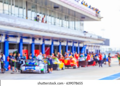 Blur cars pit