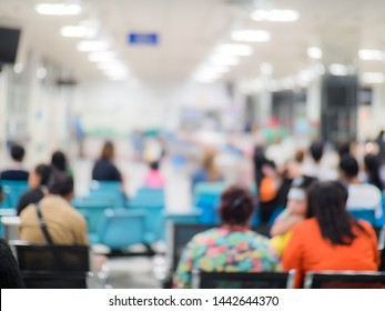 Blur image background of waiting area in hospital or clinic.