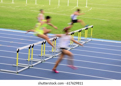 Blur motion of a hurdles race